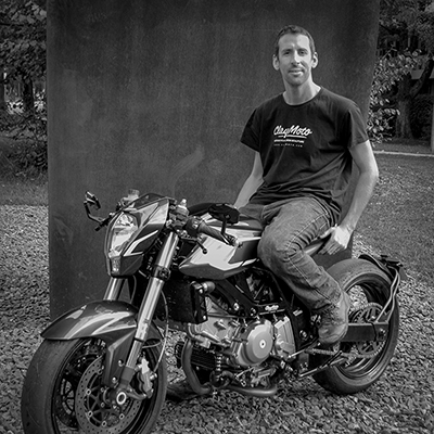 Nick and the ClayMoto custom Suzuki SV650