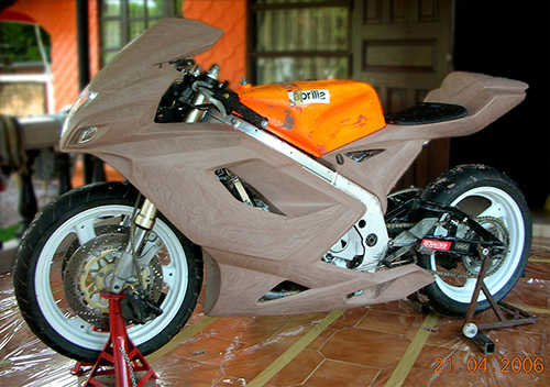 Tyga Performance Suzuki RGV250 (2006)