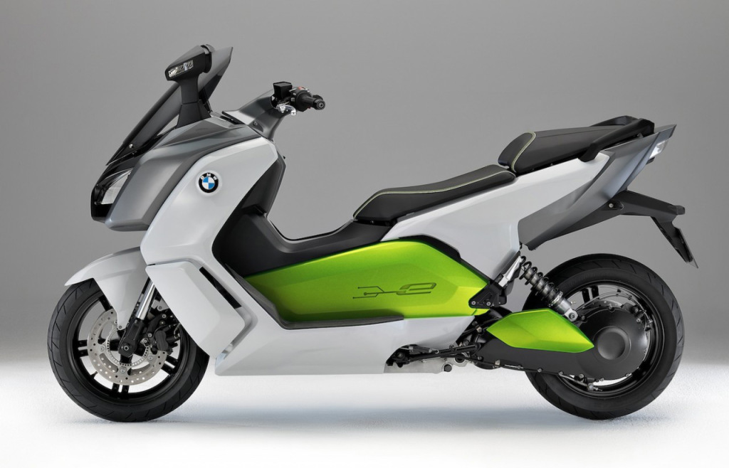 BMW C-Evolution electric scooter side view