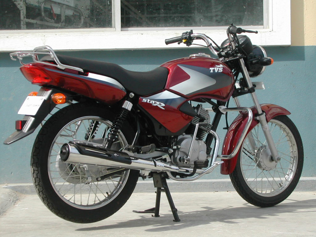 TVS Star DLX rear three quarter